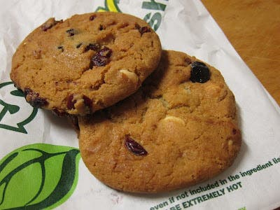 Review: Subway - Birthday Berry Cookies