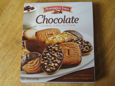 Review Pepperidge Farm Chocolate Cookie Collection Brand Eating