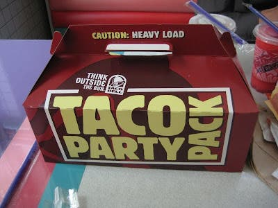 Review Taco Bell Taco Party Pack Brand Eating