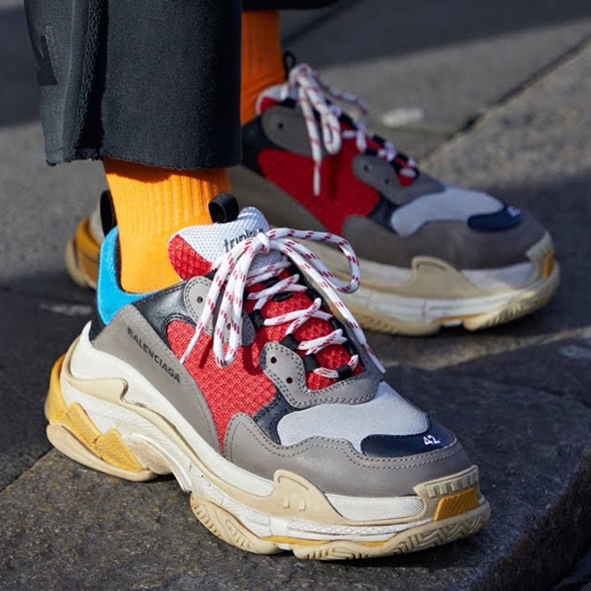 rehén Laboratorio Farmacología  They are ugly!' Kenyan celebs reveal why they can't wear Balenciaga shoes