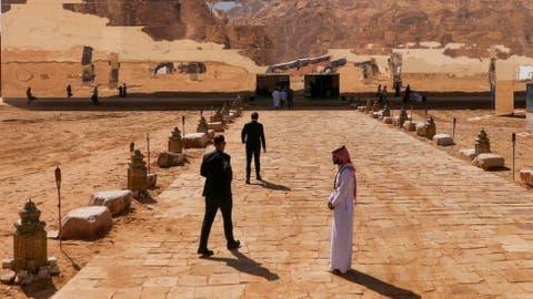 سعودی عرب: سیاحت کے فروغ کے لیے 49 ممالک کے شہریوں کے لیے ویزوں میں آسانی -  BBC News اردو