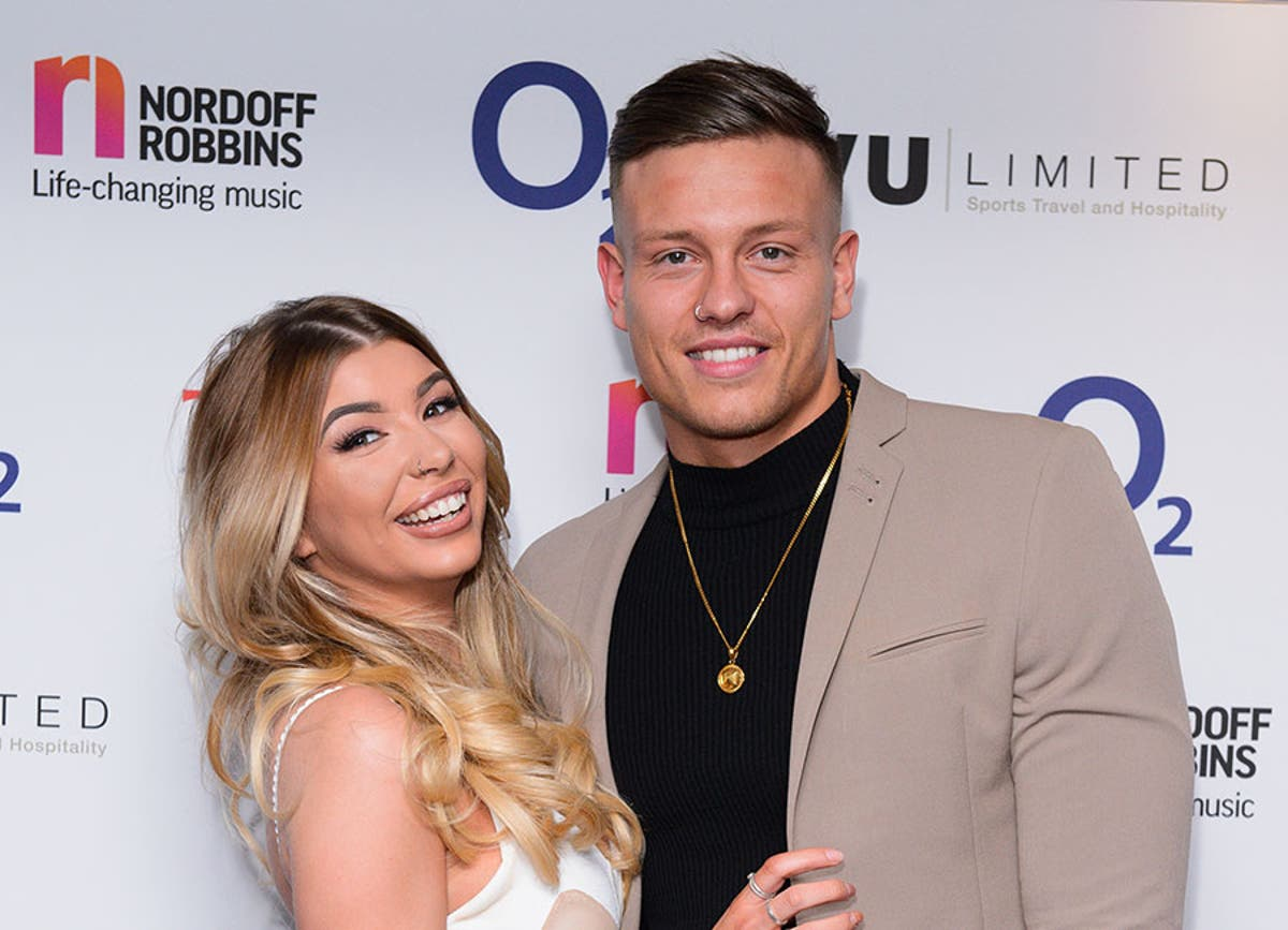First Pics Of Love Island Stars Olivia Buckland And Alex Bowen S Wedding