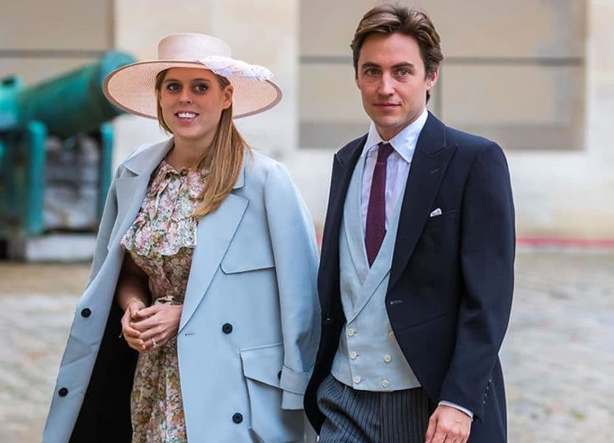 The Special History Behind Princess Beatrice S Vintage Wedding Dress