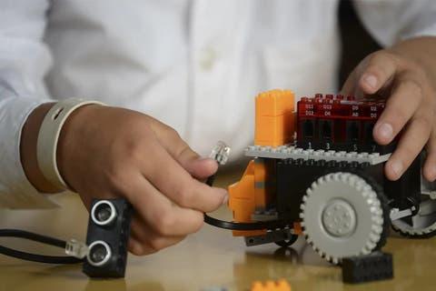 Kits de robótica y codificación para niños: lo mejor es aprender jugando