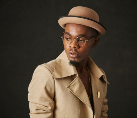 Patoranking Shares Food Items And Relief Materials To 10,000 People In Lagos