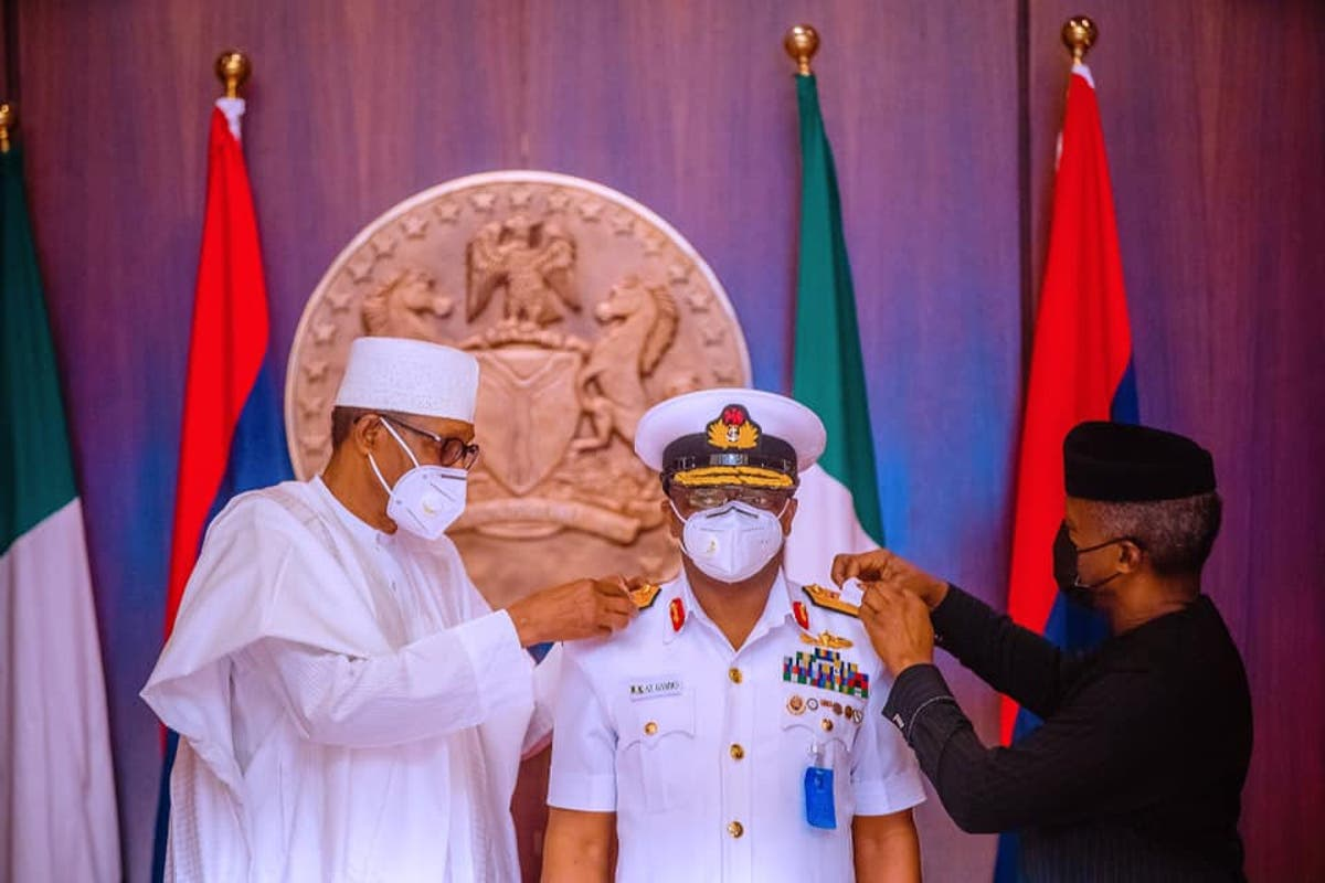 PhotoNews: Moment Buhari decorates new Service Chiefs