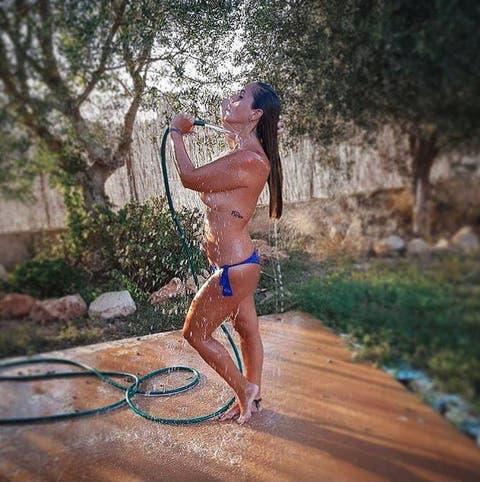 Noticias De Famosos Las Fotos Más Hot De Anabel Pantoja Se Desnuda