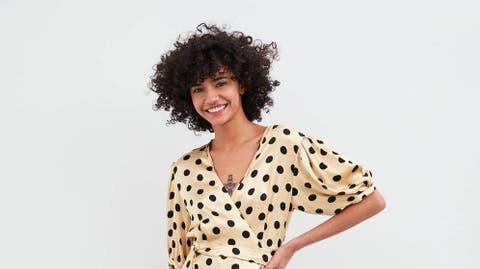 408ee08cf0 Noticias de Zara  Zara tiene el vestido perfecto para chicas curvys