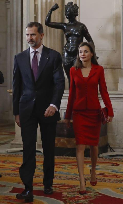 3aa65eac7 Don Felipe y Doña Letizia en el acto  Cervantes vive  clausura de la  conmemoración