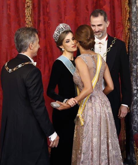 be905c407 Visita de Macri y Juliana Awada a España  Todas las imágenes de la cena de  gala de los Reyes