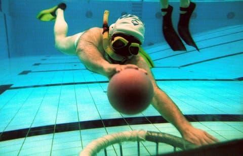 Rugby subacuático: Tercer tiempo, placajes y fair play: cuando el ...