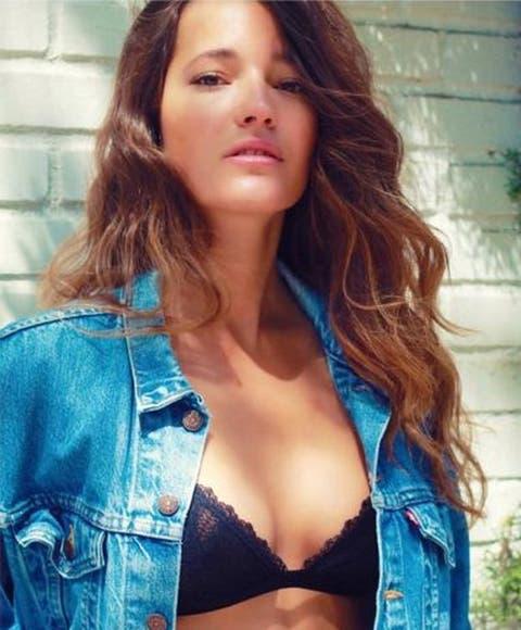 Malena Costa Se Desnuda Para Sus 200000 Seguidores De Instagram