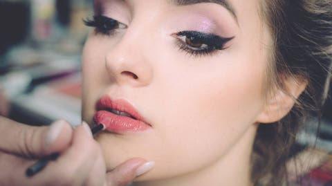 abdafd993 Quieres aprender a maquillarte bien? Los mejores tutoriales para ...