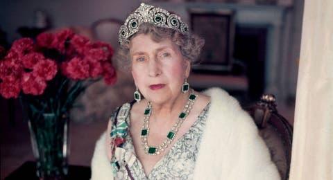 4d2b88a9e1 Reina Letizia  Estas son las joyas reales perdidas que doña Letizia ...