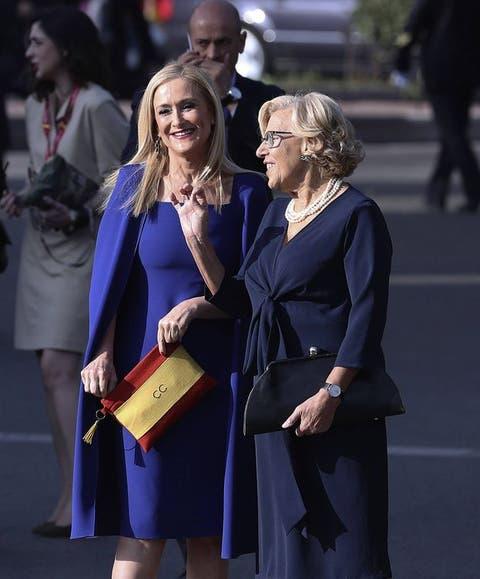 Y Con Cristina La España Patriótico Cifuentes El Su Bolso De Bandera QrdBxhCts