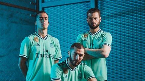 9e37fb502d Así es la tercera camiseta del Real Madrid: verde intenso e inspirada en el  Bernabéu