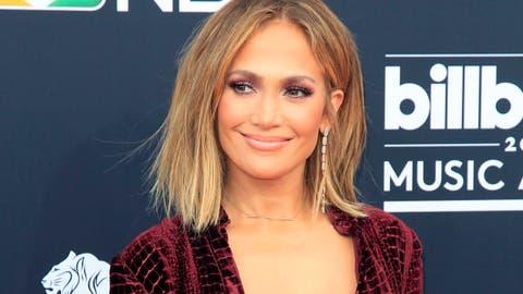 1189ddb49 Los secretos antiedad de la piel de Jennifer Lopez