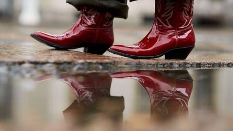 bfda256a33f Tendencias  Por qué este año te atreverás con las botas cowboy ...