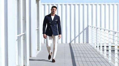 190915e439 Moda hombre  El pantalón blanco según ellos  guía práctica para ...