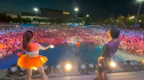 Por qué Wuhan, zona cero del coronavirus, celebra esta masiva fiesta en una  piscina?