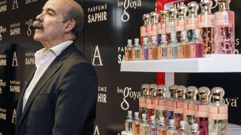 Tiendas La Guerra Del Perfume Pirata La Patronal Cosmetica