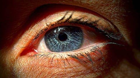 fba7f8d9be Agujas en los ojos y destellos nocturnos: el precio de la cirugía ...