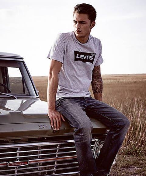 d2186d798 Moda hombre: Las 15 mejores camisetas (con logo) en las que invertir antes  de verano