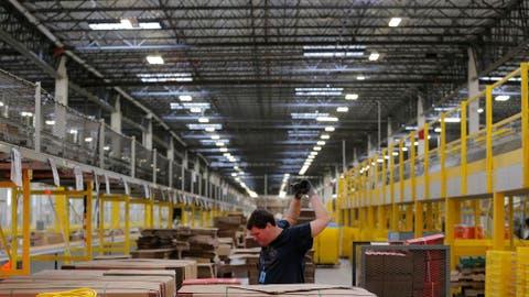 Amazon: Una pulsera de Amazon controla empleados vagos