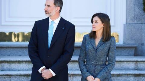 Look Visita Y Bolso PortugalLetizia Dice Sí Al Primer La De fygYbm7I6v