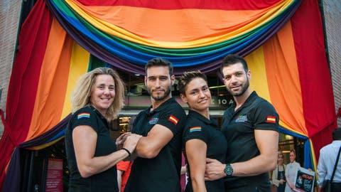 carroza policia orgullo gay