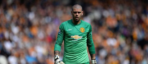 Nick Powell and Victor Valdes released by Manchester United