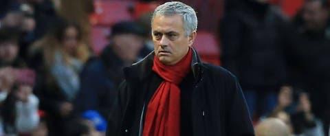 Jose Mourinho explains why he played three midfielders against Everton