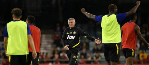 Manchester United stars put through their paces in return to training