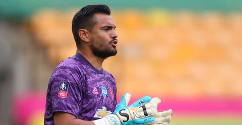 Sergio Romero's wife in Instagram rant at husband's treatment by Man United