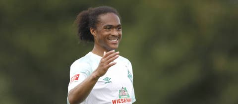 Man United winger Tahith Chong dazzles on loan at Werder Bremen