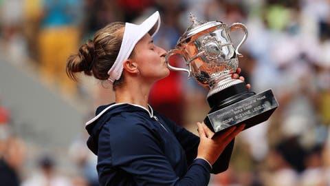 French Open tennis - Barbora Krejcikova edges out Anastasia Pavlyuchenkova  to win first Grand Slam in Paris - Eurosport