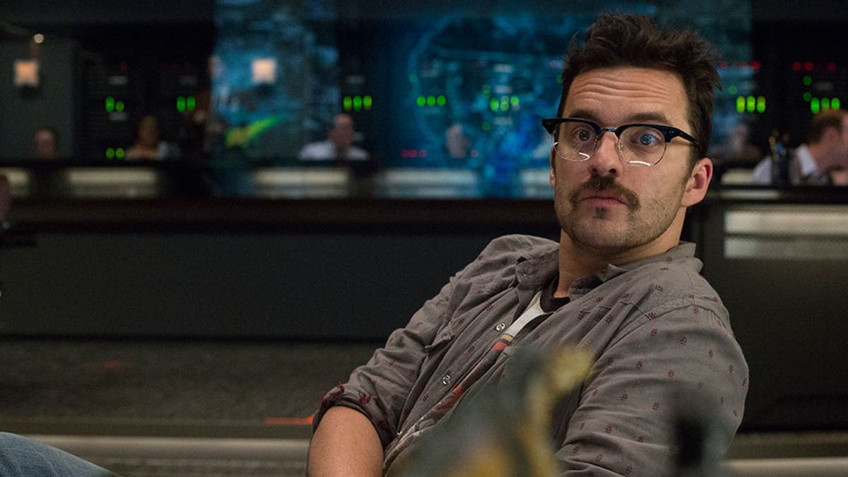 LRM - Jurassic World: Why Jake Johnson's Character Didn't Return ...