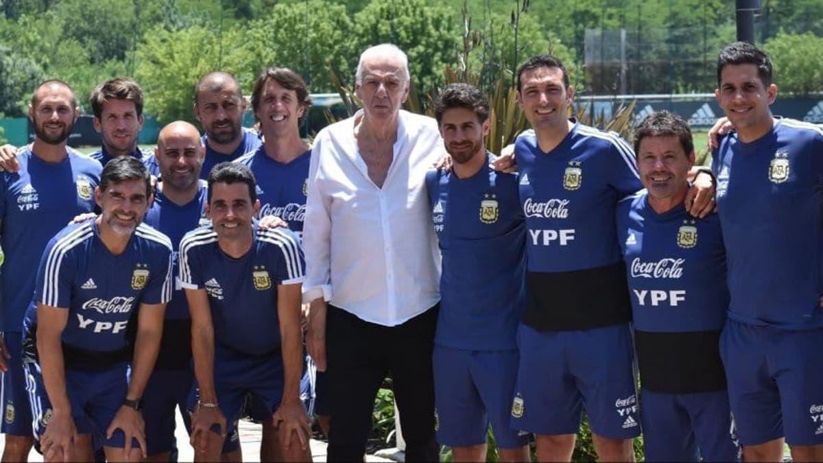 """César Luis Menotti: """"Scaloni está bien acompañado en la Selección ..."""