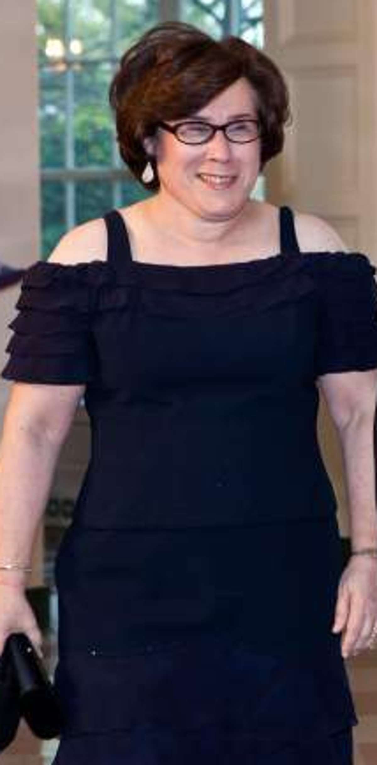 Chuck Schumer S Wife Wiki 5 Facts To Know About Iris Weinshall Iris weinshall is chuck schumer's wife and is the chief operating officer of the new york public librarycredit: chuck schumer s wife wiki 5 facts to