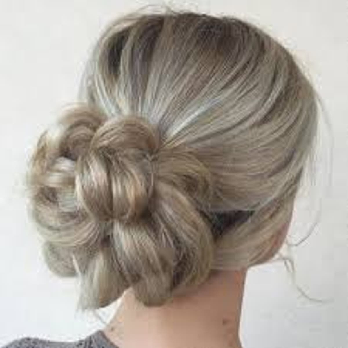 50 Easy & Cute Updos For All Types Of Hair - The Beginner's