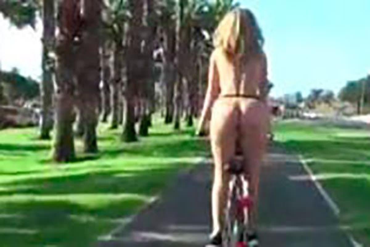 Actrices Porno En Madrid En Plena Calle actriz porno se pasea en bici desnuda, además tiene sexo en