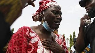 Freed Nigeria college students reunite with parents