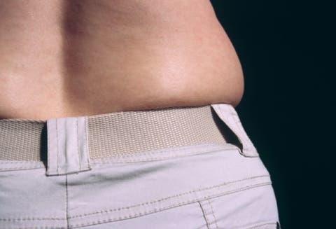 ejercicios para eliminar las llantitas de la cintura hombres