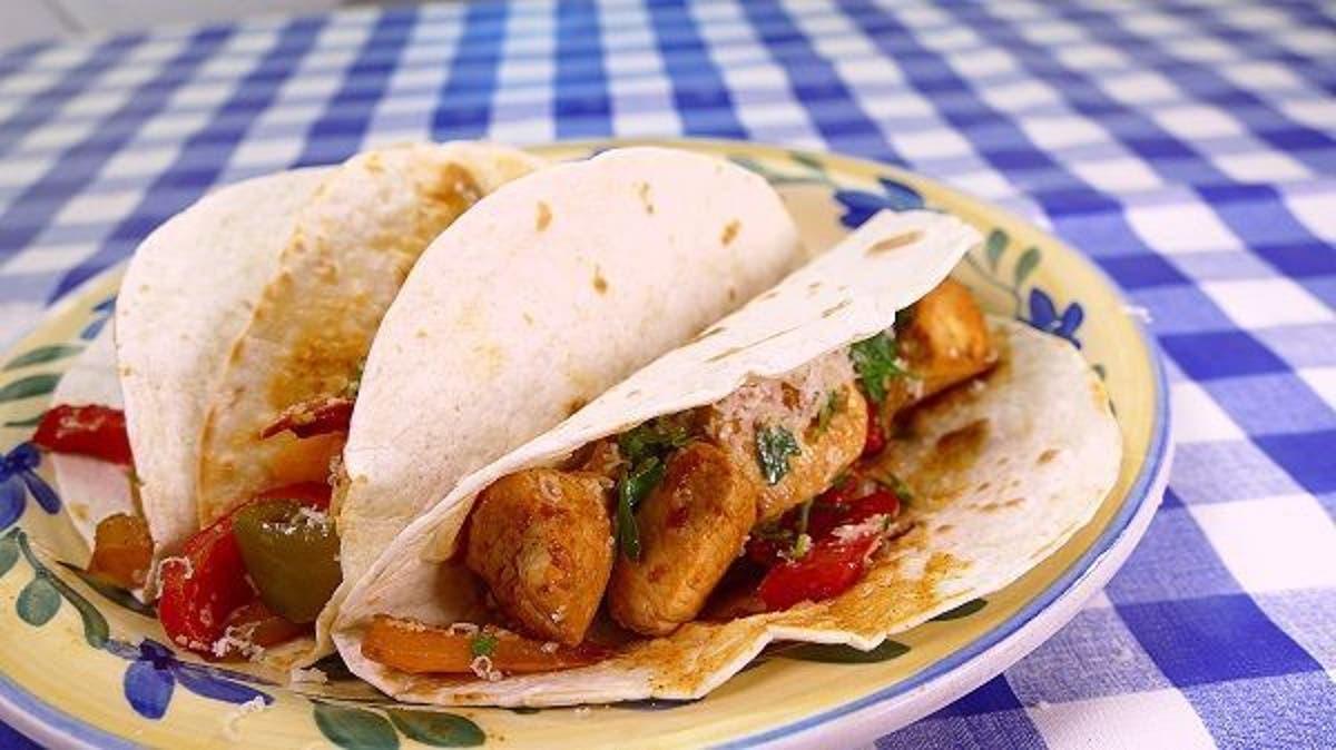 Tacos De Pollo Estilo Fajita Receta Mexicana Cocina Casera Y Facil
