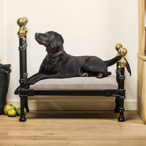 Picture of: New Range Of Posh Four Poster Beds Costing 1 500 Launched For Dogs Real Fix Magazine
