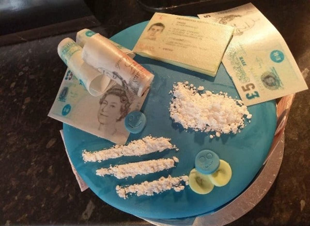 Awesome Woman Leaves Boyfriend Speechless With Controversial Cocaine Funny Birthday Cards Online Elaedamsfinfo